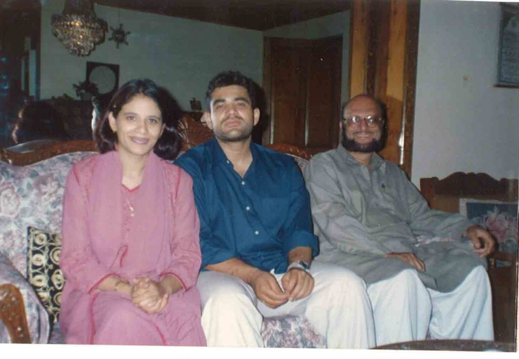Khalid Saleem at right with son and daughter in law of Mr Sarwar