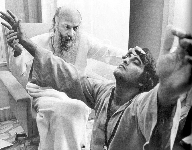 vinod khanna with osho