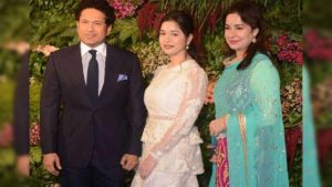 Sachin-tendulkar-daughter-sara